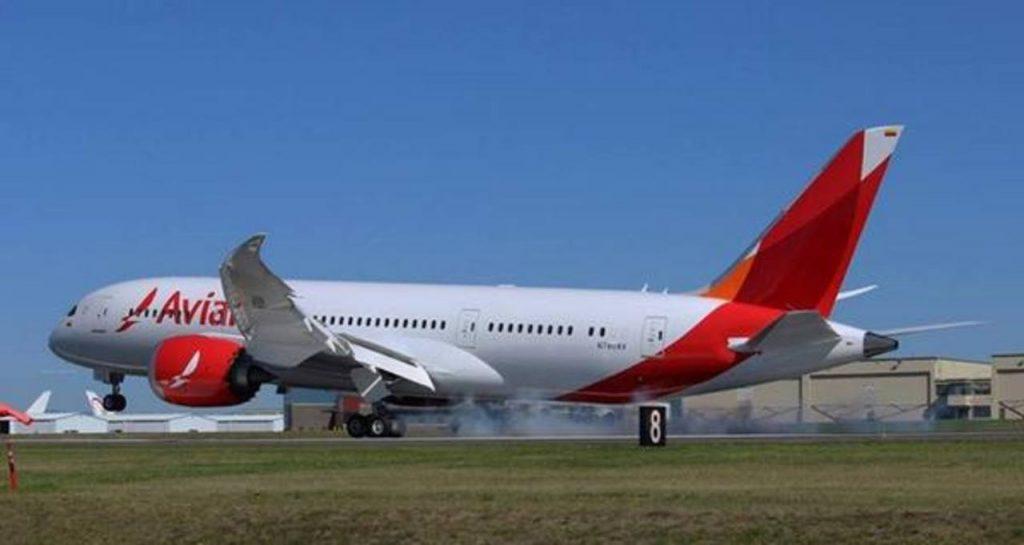 Avianca recibe el tercero de 15 aviones boeing 787 8 for Interior 787 avianca