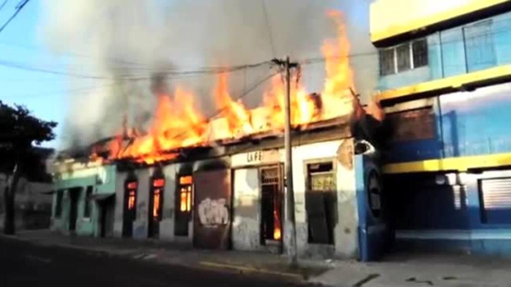 Incendio consume varias casa en el centro de san salvador - Casa en sabadell centro ...