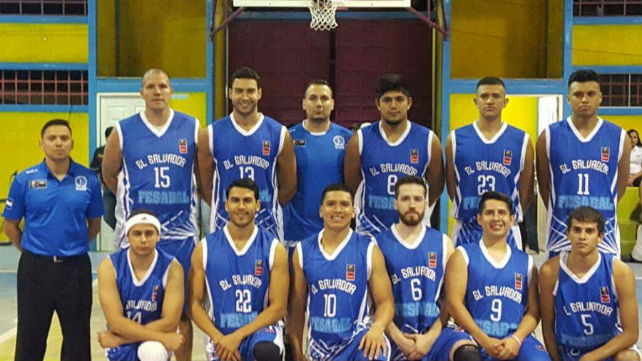 Selecci n de baloncesto gana primer fogueo for Equipo mayor y menos de la cocina pdf