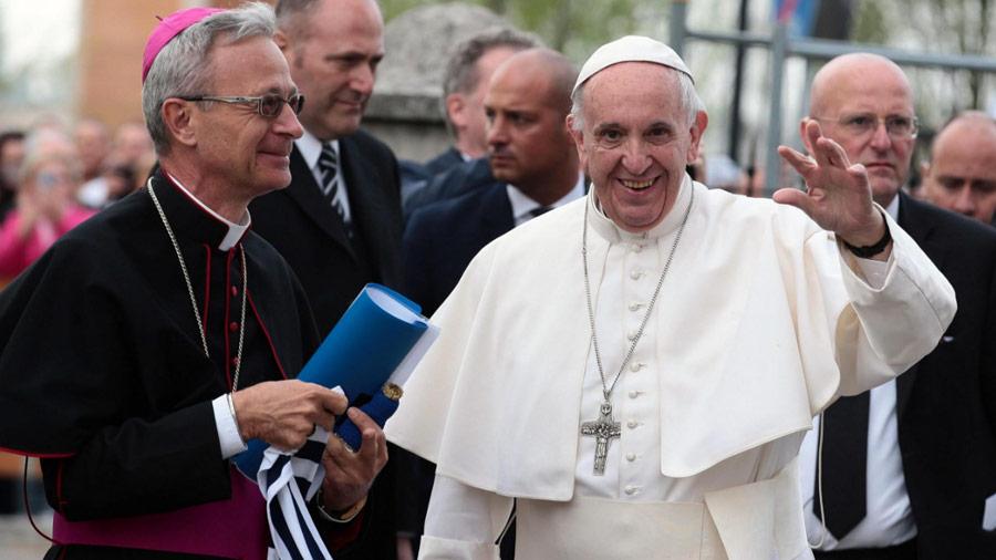 Papa Francisco sobre Medjugorje: prefiero a la Virgen Madre y no la Virgen Jefe de Oficina Telegráfica