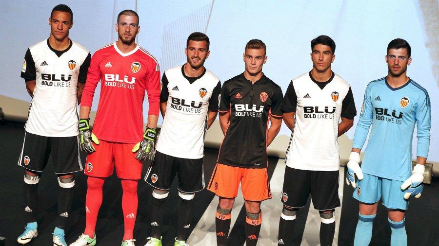 El valencia presenta su nueva camiseta basada en el - La nueva fe de valencia ...
