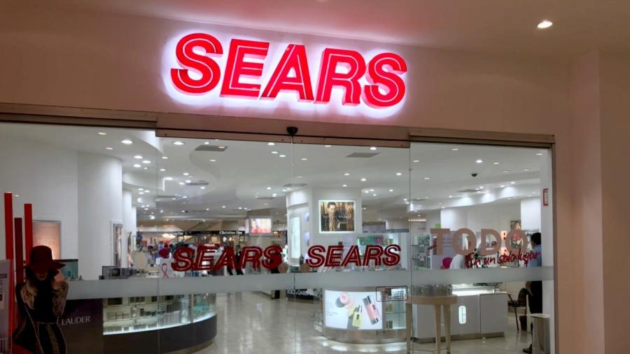 Día y noche de compras en Sears | elsalvador.com