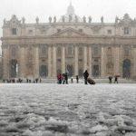 Vaticano decide aceptar pagos sólo en efectivo