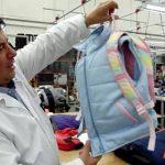 Fabrican ropa blindada para niños estadounidenses