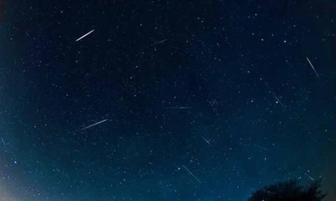 Los que no temen el frío podrán ver hasta 40 meteoros por hora, aunque la luna brillante podría impedir ver los meteoros en todo su esplendor.