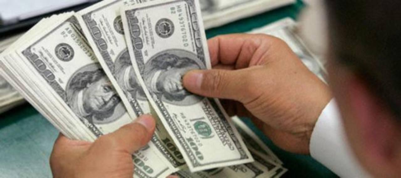 Lento crecimiento y endeudamiento deterioran nota de riesgo