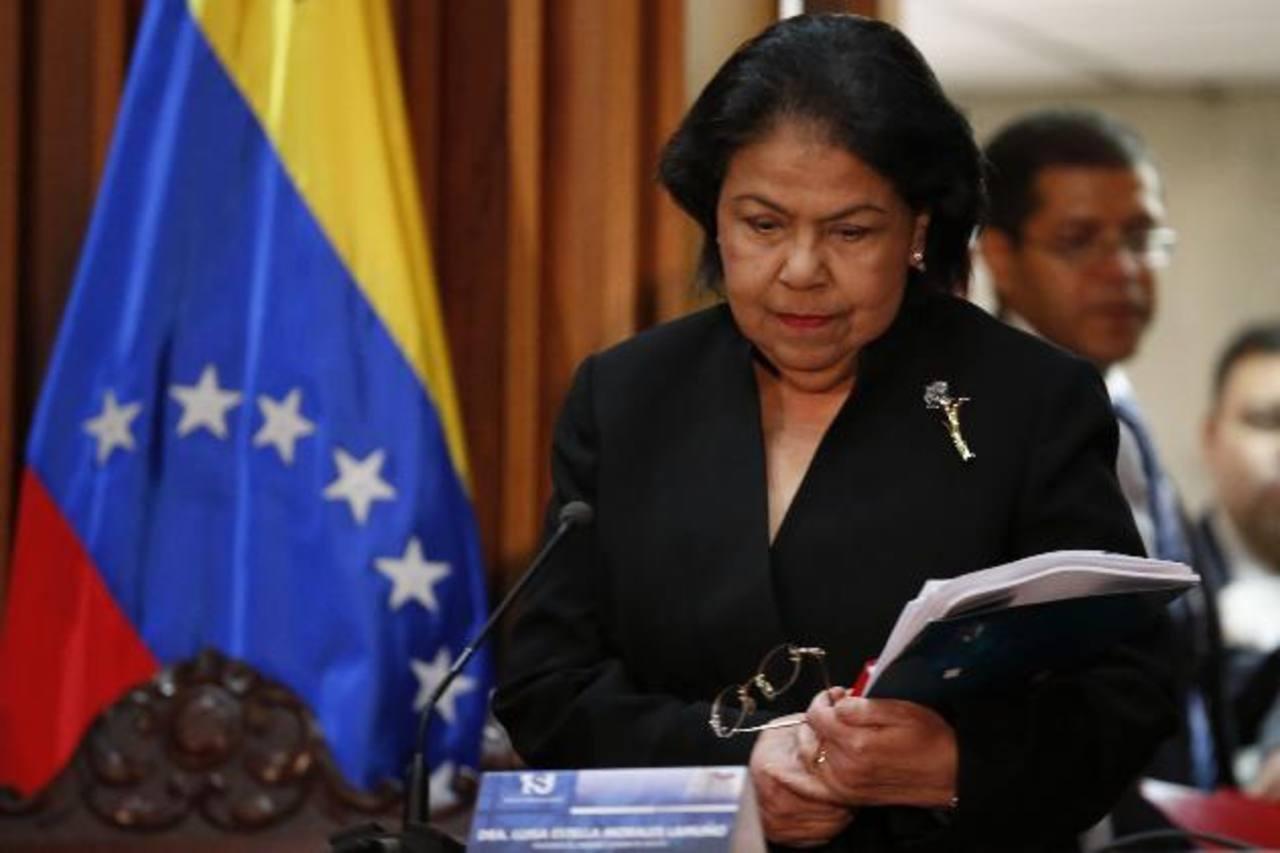 La presidenta del Tribunal Supremo de Justicia de Venezuela (TSJ), Luisa Estella Morales, durante la conferencia de prensa, en Caracas, Venezuela. foto edh / REUTERS