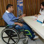 Las personas con discapacidad expresan que no se les provee de oportunidades equitativas al igual que el resto de ciudadanos. Foto EDH / archivo