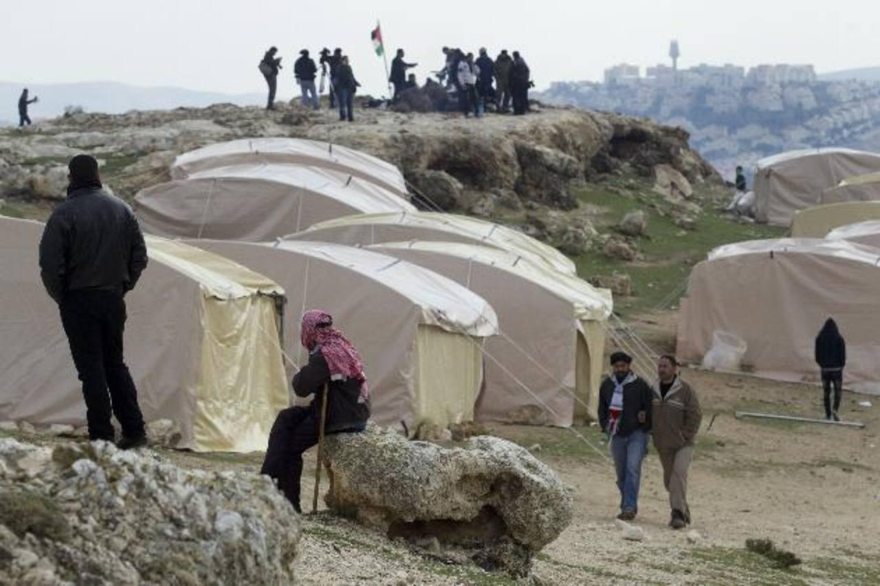 Palestinos establecieron un asentamiento en la zona en donde Israel ha anunciado la construcción de una colonia judía.