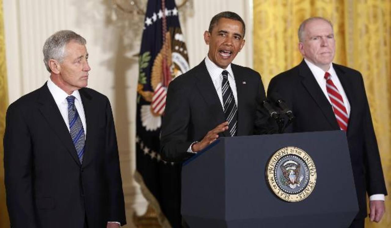 Chuck Hagel (iz), Barack Obama (c) y John Brennan (der.) foto edh /reuters