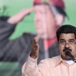 Maduro amenaza a quienes acaparen alimentos
