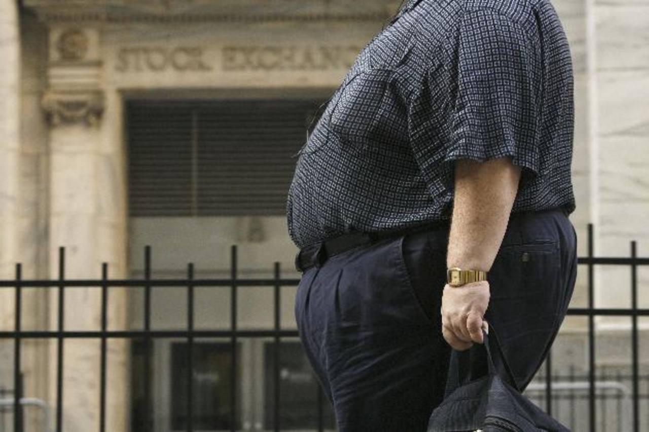El exceso de peso castiga innecesariamente las articulaciones, especialmente las rodillas.