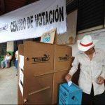 En las elecciones presidenciales el TSE tiene previsto llevar a cabo el voto residencial en todo el país. Foto EDH / archivo