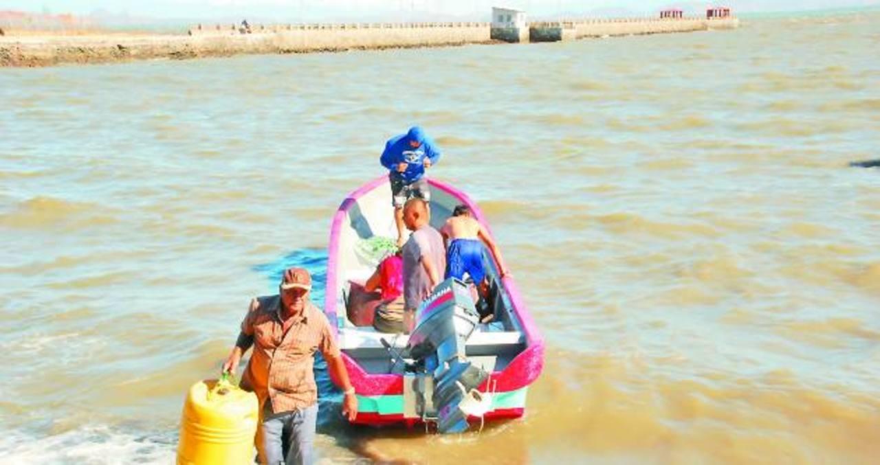 Fuertes vientos pusieron en peligro la vida de pescadores