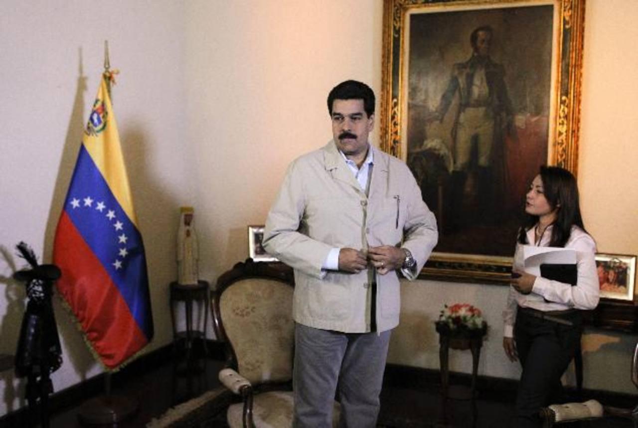 El vicepresidente de Venezuela, Nicolás Maduro, ayer, durante una entrevista con la agencia EFE, en Caracas. foto edh / EFE.