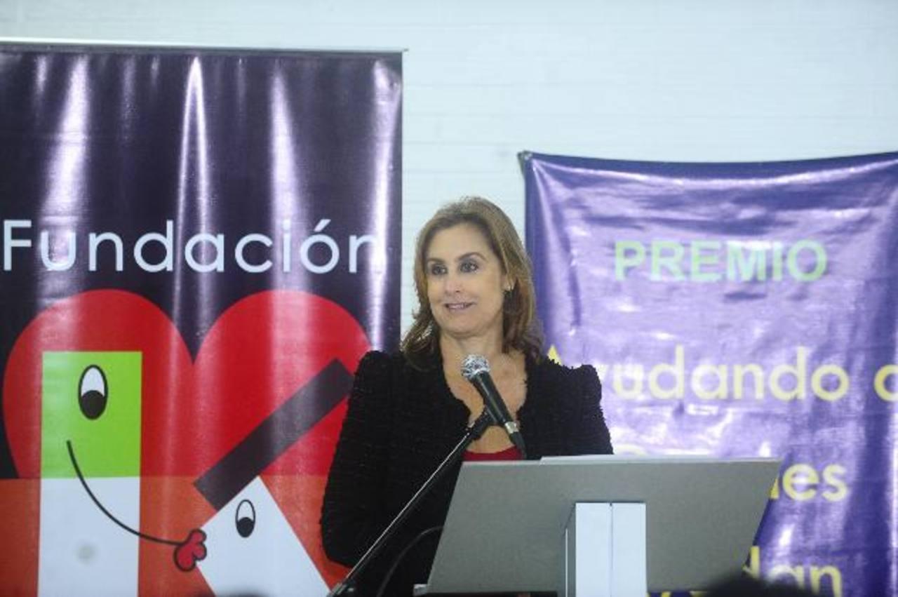 Doña Celina de Kriete, directora ejecutiva de la fundación, invitó a las instituciones a participar en este concurso, el cual cada año toma más relevancia. foto EDH / Omar carbonero