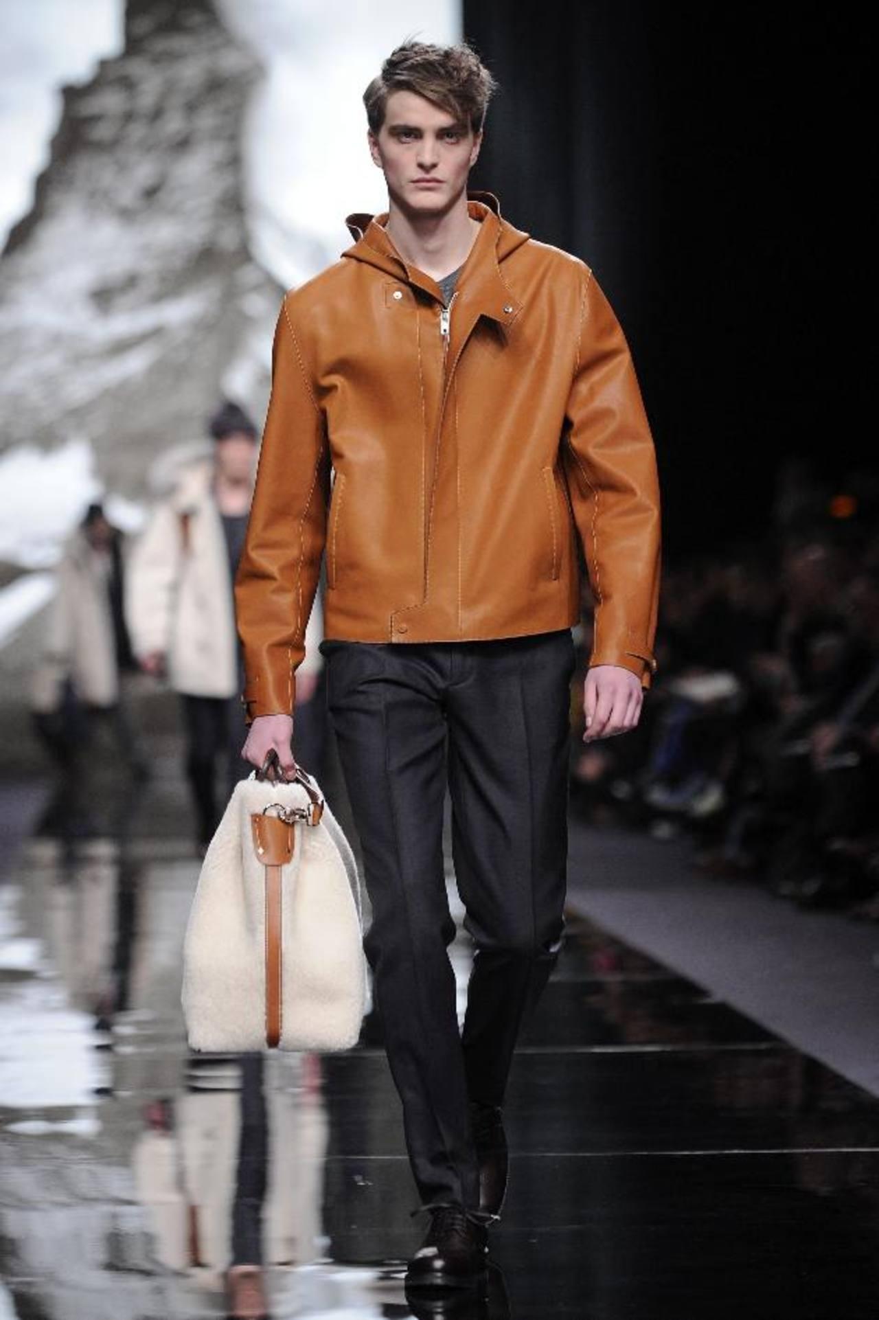 Creación del diseñador británico Kim Jones para la firma Louis Vuitton. FOTOs EDH / ap-efe