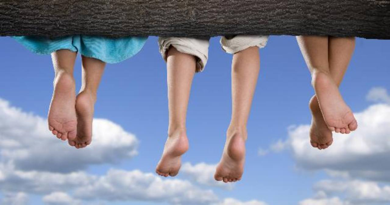Detecte las deformidades en los pies de los niños