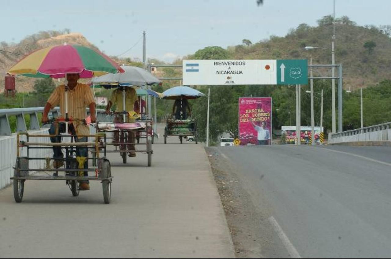 Empresarios han señalado que el tributo afectaría el comercio en la región centroamericana. foto edh / archivo