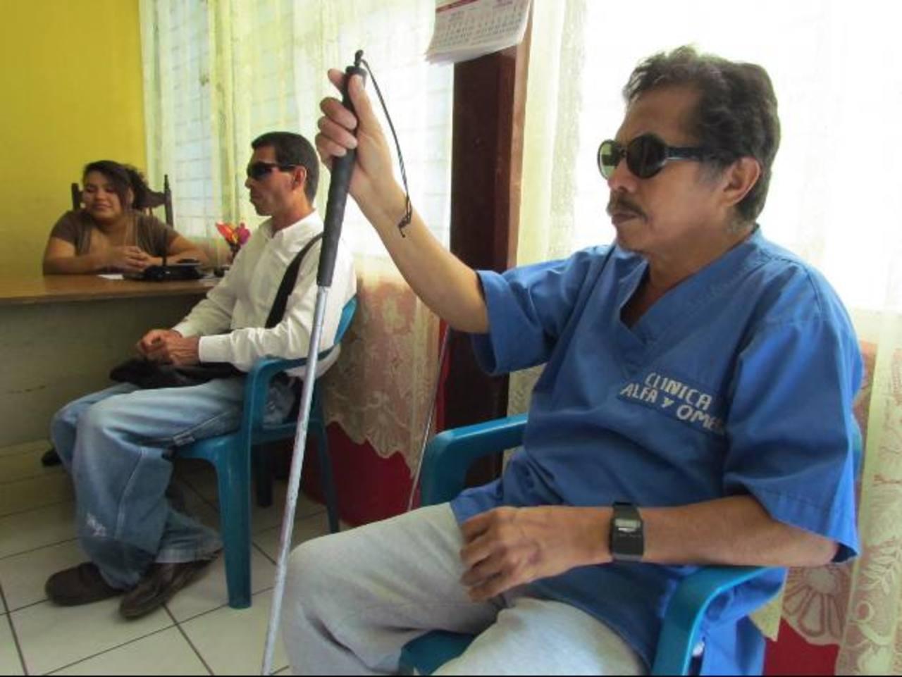De siete empleados que laboraban en el lugar, hoy sólo quedan tres. Foto EDH / Mauricio Guevara