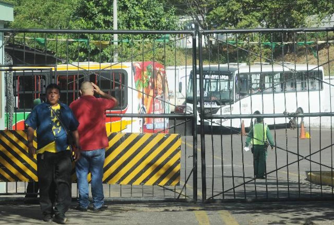 El taller de Alba Transporte está ubicado en un terreno cercano a la Embajada de Estados Unidos en Managua. Aquí deben recibir mantenimiento todos los buses nuevos durante el año que dura la garantía. Solo por la mano de obra de un bus se pueden paga
