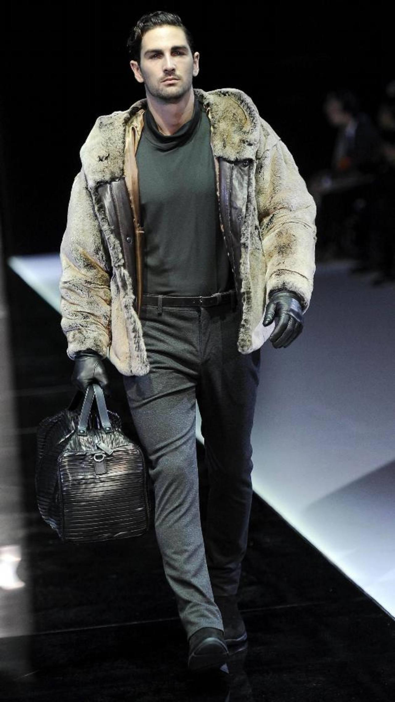 Armani cierra la Semana de la Moda Masculina de Milán