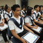Los graduados llegaron puntuales a la actividad. El programa los capacita para obtener el éxito. Fotos EDH / Lissette Monterrosa