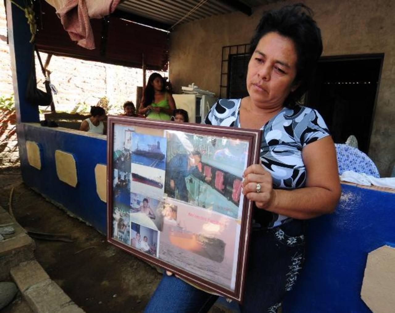 Milagro Alemán, hermana del náufrago que manejaba la embarcación desaparecida. Foto EDH / Mauricio Cáceres