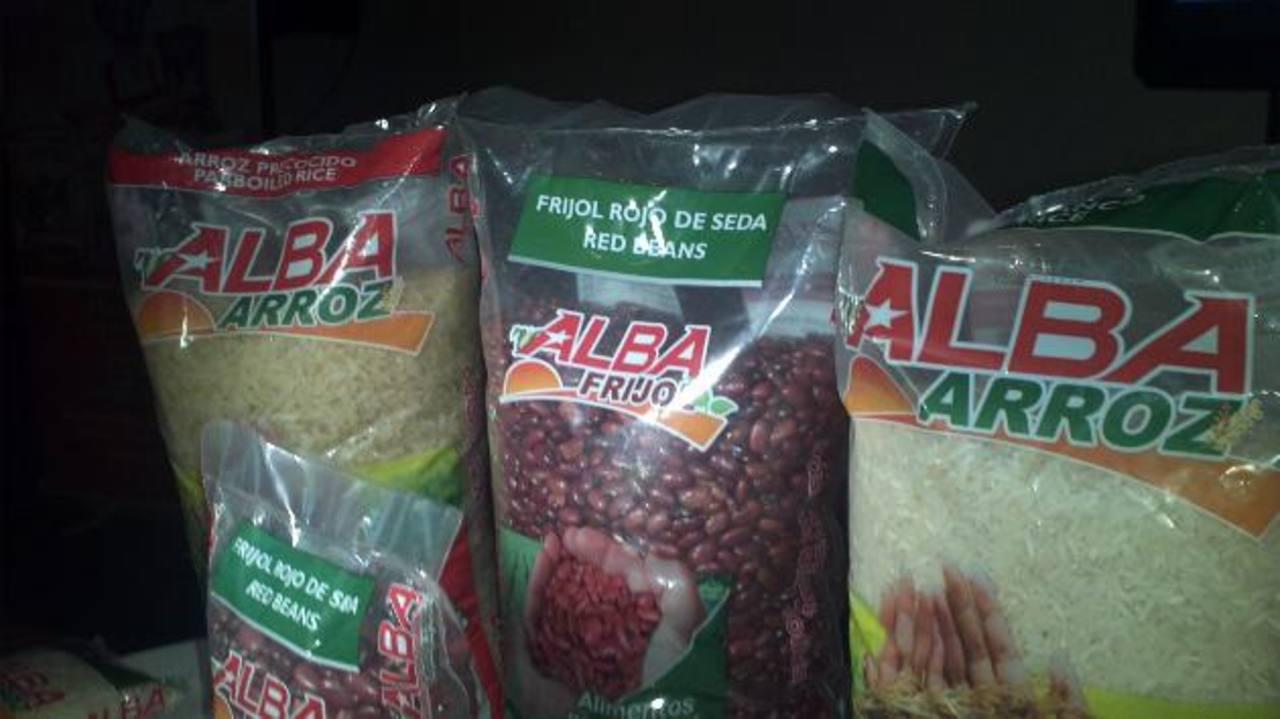 Estos son los primeros productos comercializados por Alba Alimentos. foto edh / Archivo