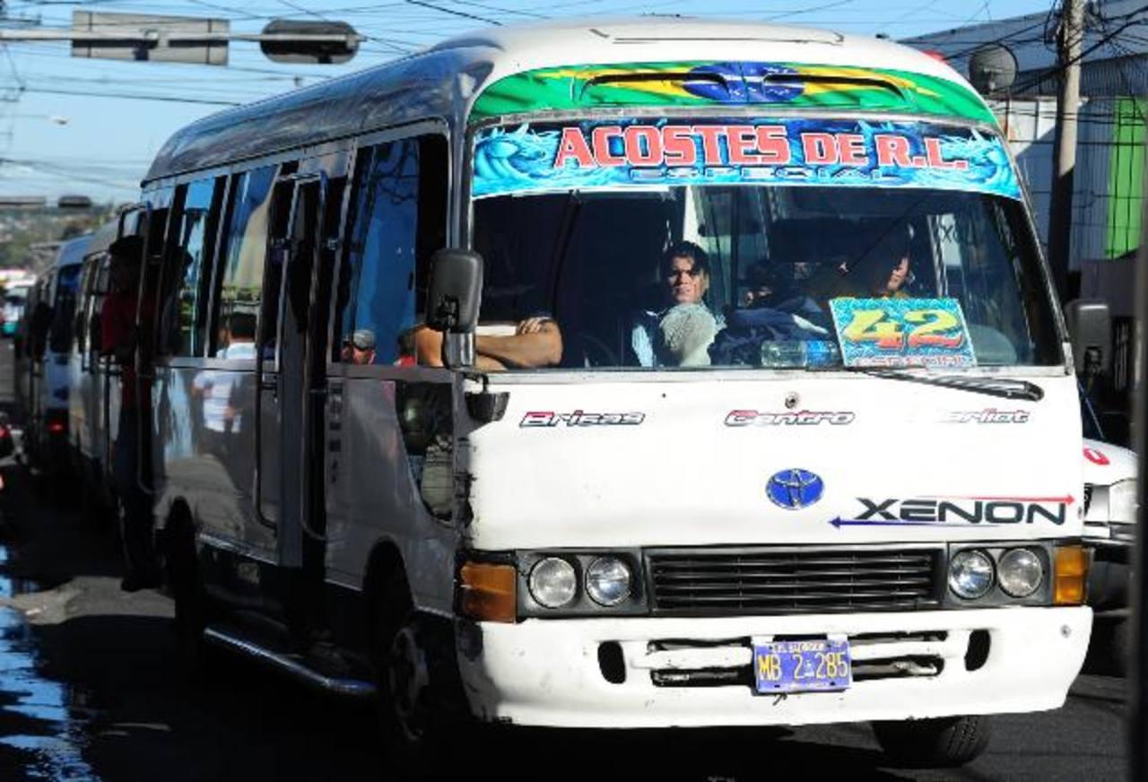 El plan piloto iniciará en las rutas de Santa Tecla y luego en el gran San Salvador. Foto EDH / Mauricio Cáceres