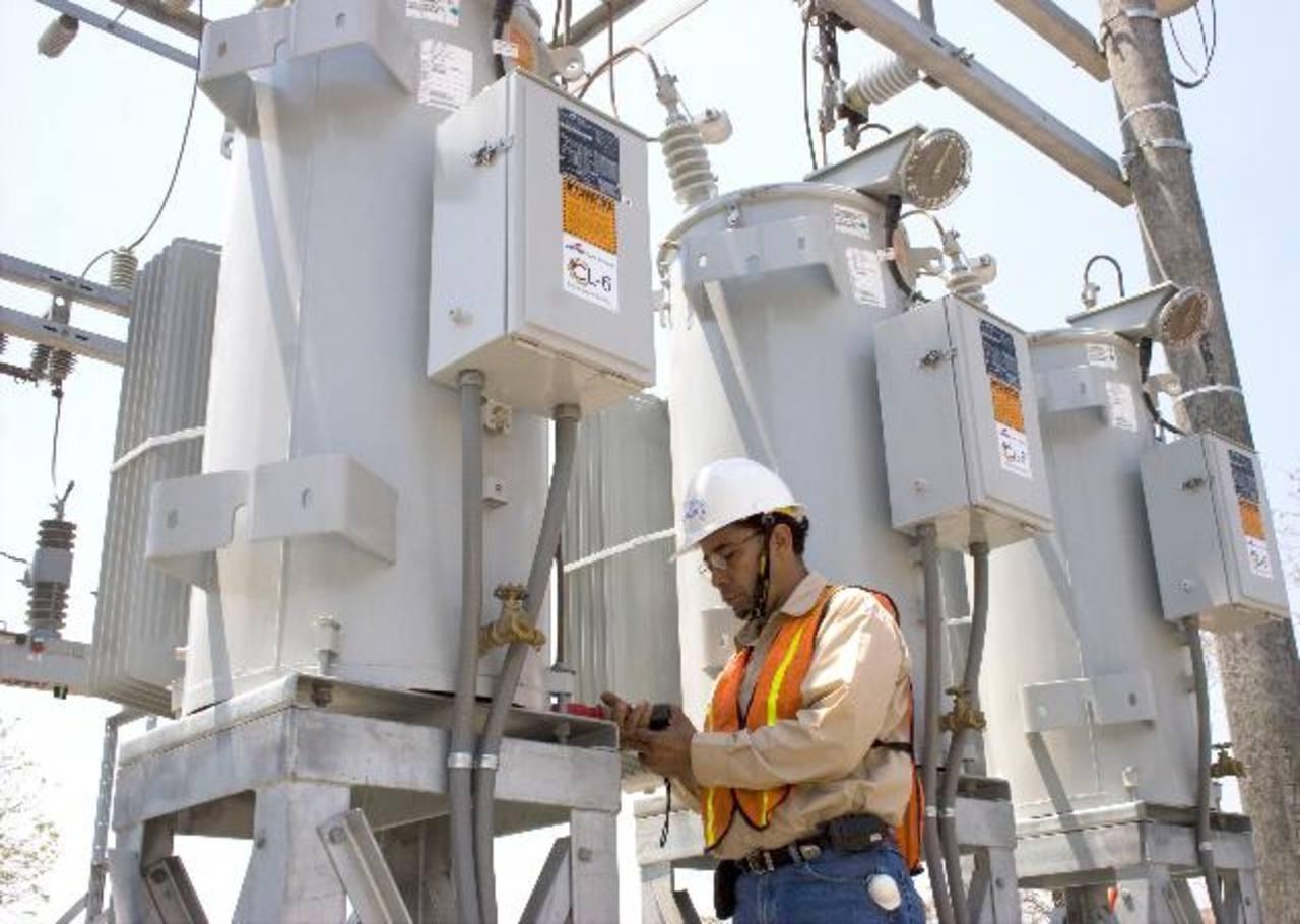 El proyecto pretende generar 350 MW para que se suministren a partir de julio de 2017. Foto EDH/archivo