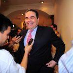 El ex presidente fue invitado por un grupo denominado Espacio Ciudadano. FOTO EDH