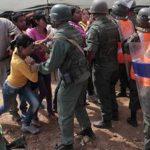 Violenta reyerta en cárcel deja al menos 50 muertos y 90 heridos