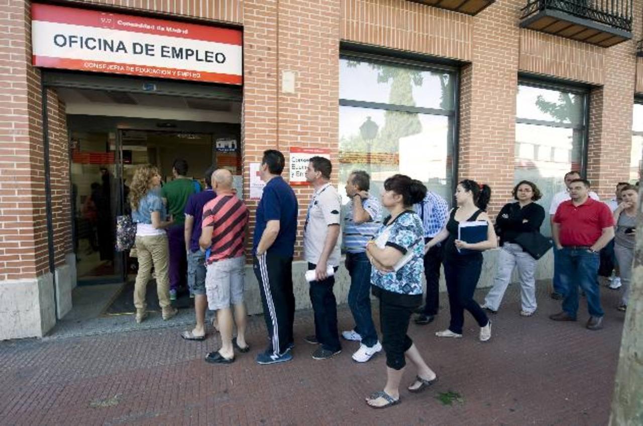 Las cifras oficiales indican que el número de desempleados españoles ha aumentado. Foto edh