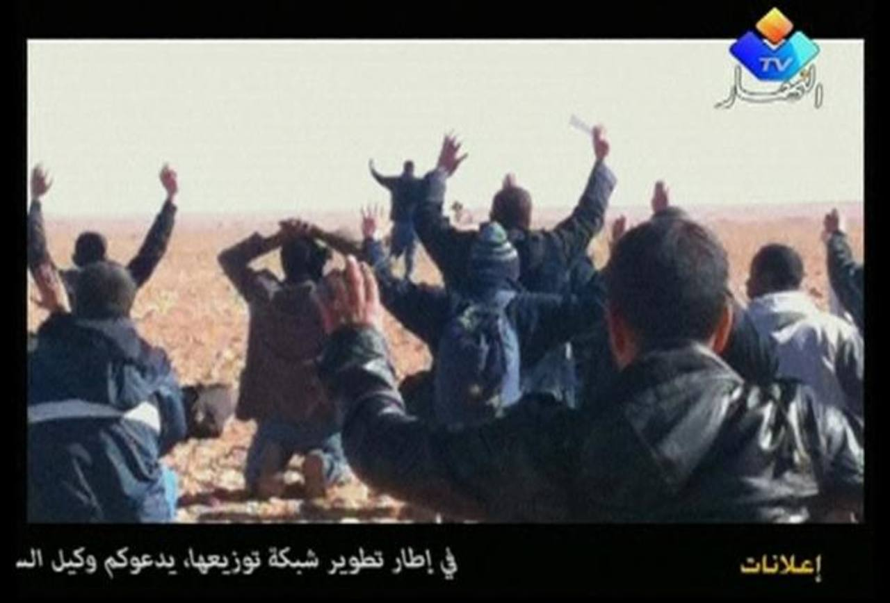 La respuesta de Argelia a la crisis fue típica en la historia de las operaciones del país para enfrentar a los terroristas. El gobierno ha preferido la acción militar a la negociación. Foto EDH / REUTERS