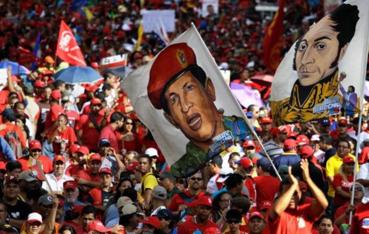 Chávez está entrando en nueva fase de tratamiento, dice Maduro