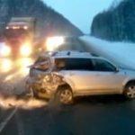Bebé sobrevive tras aparatoso accidente
