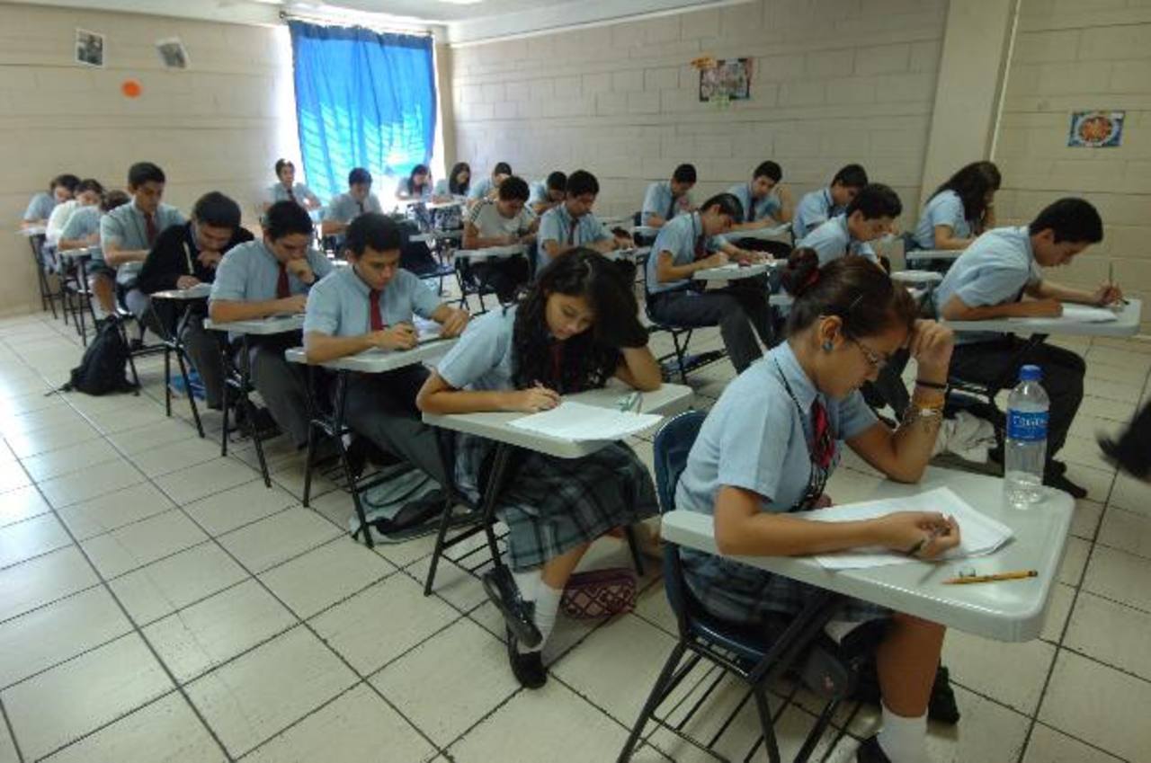 Algunos centros educativos privados iniciaron sus clases la semana pasada.