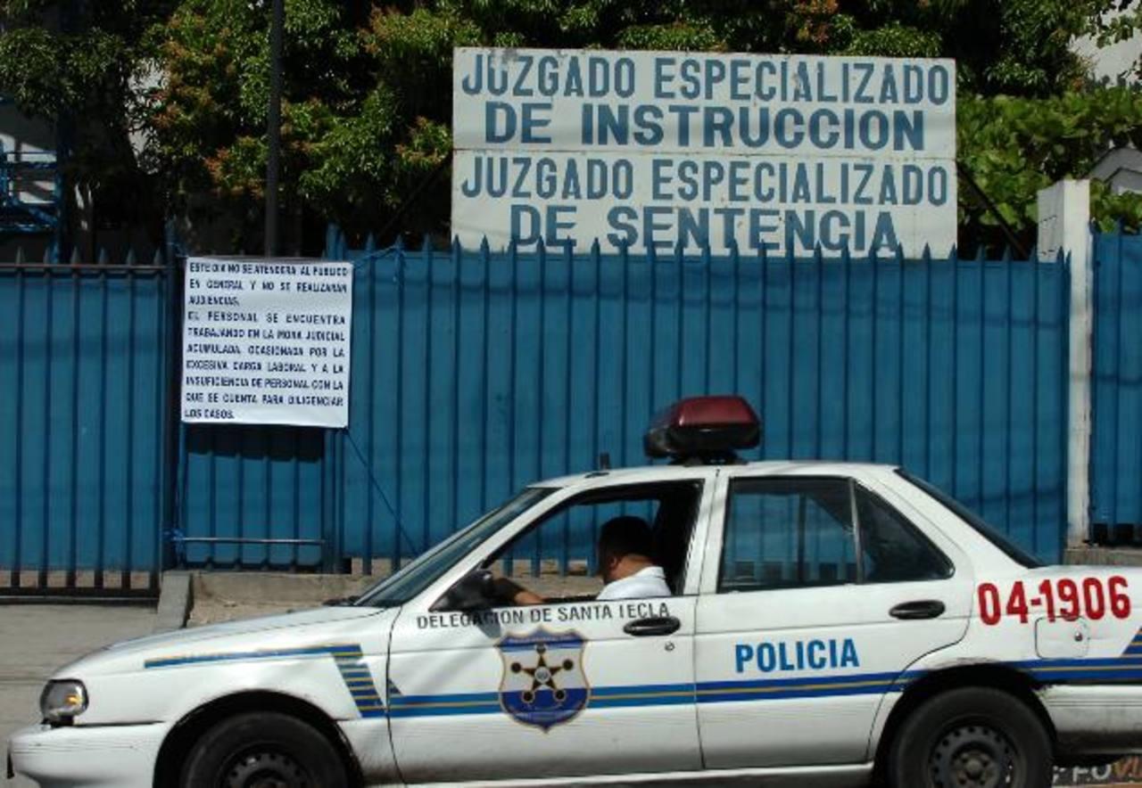 Tribunal Antimafia condena a dos sujetos. Foto EDH / Archivo