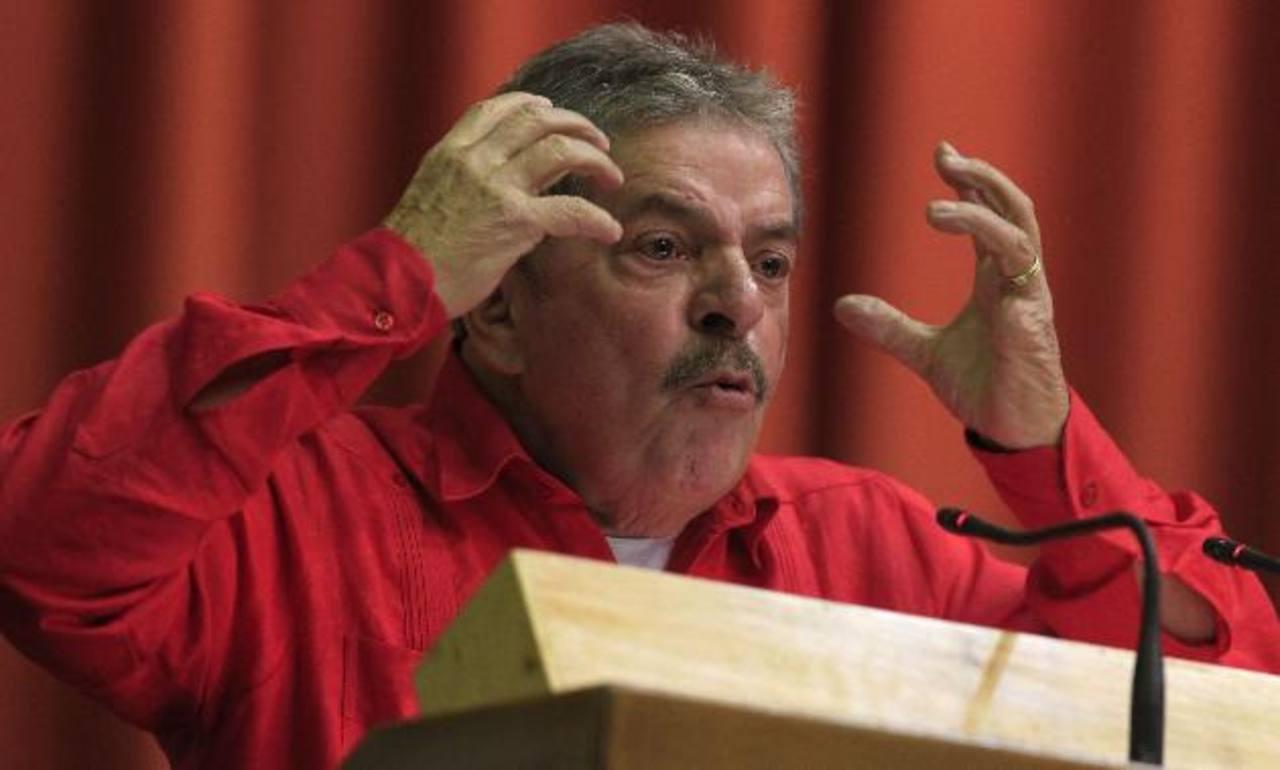 El exgobernante brasileño Lula da Silva, de visita en Cuba.