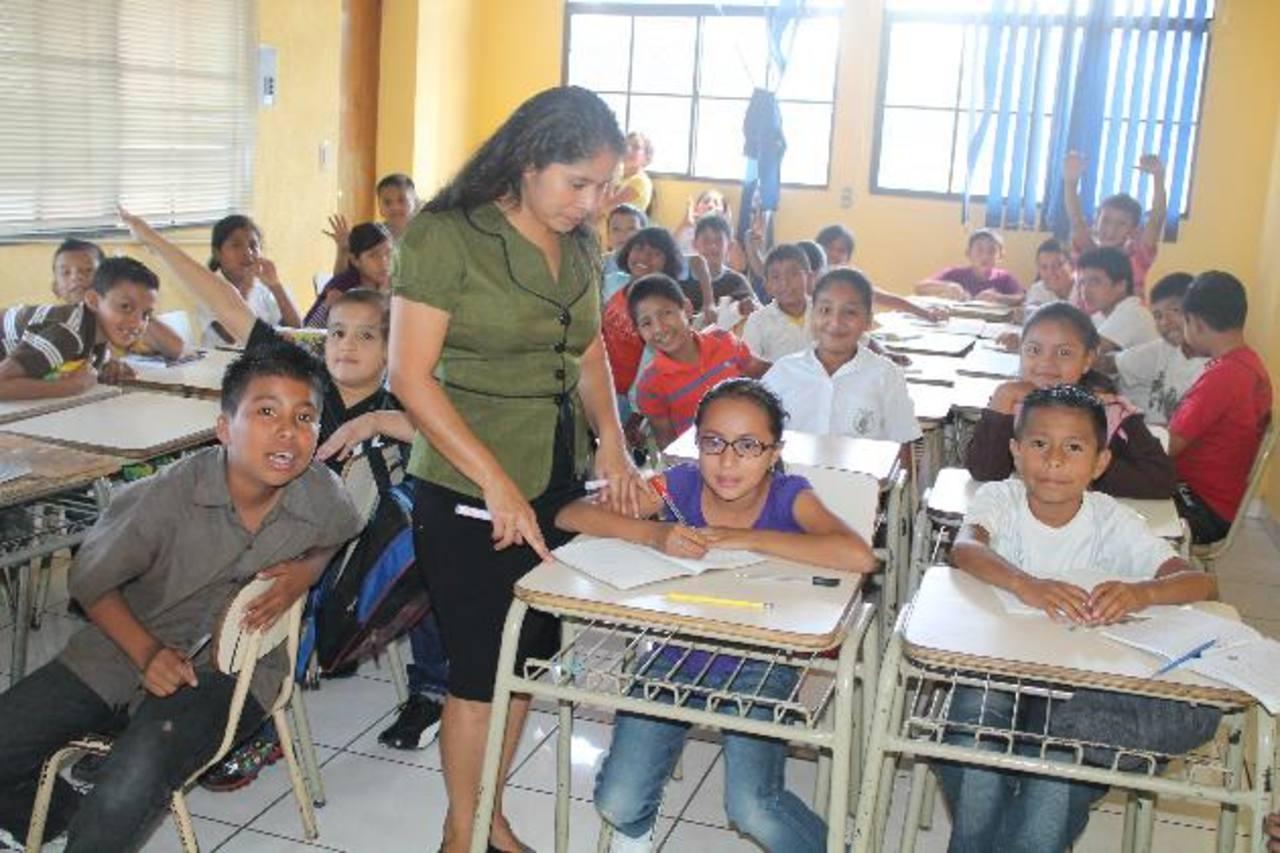 La escuela ahora funciona en un local ubicado en el lugar conocido como Las Cinco Calles. Foto EDH / Roberto Díaz Zambrano