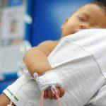 En diciembre, un niño de siete meses fue ingresado con una lesión de bala en una de sus piernas. Foto EDH / archivo