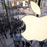 Apple refuerza auditorías laborales y halla trabajo infantil en proveedores