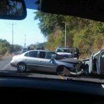 Uno de los accidentes de tránsito ocurrió sobre el km 24 de la carretera al Puerto de La Libertad. Foto gracias @rmcricket.