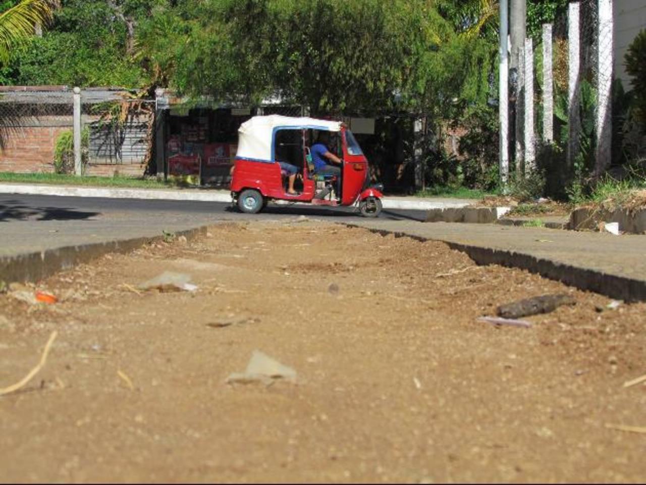 Entre los proyectos de la alcaldía está la pavimentación de algunas colonias y barrios.