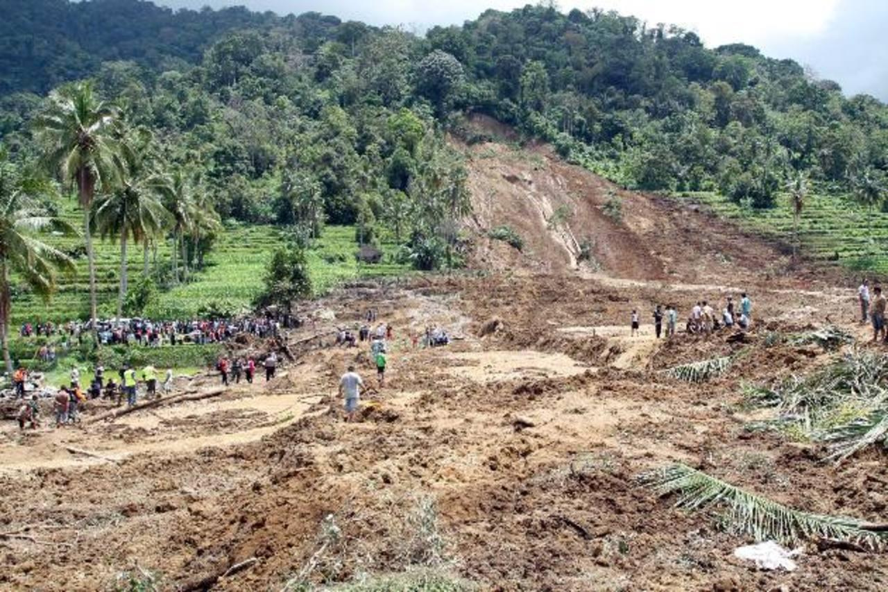 El peor deslave ocurrió ayer en la aldea de Tanjung Sani.