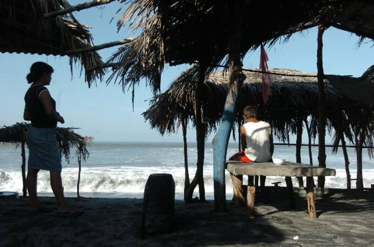 Con un nuevo Fomilenio el Gobierno espera invertir en la zona costera con la ayuda de la empresa privada. foto edh/archivo