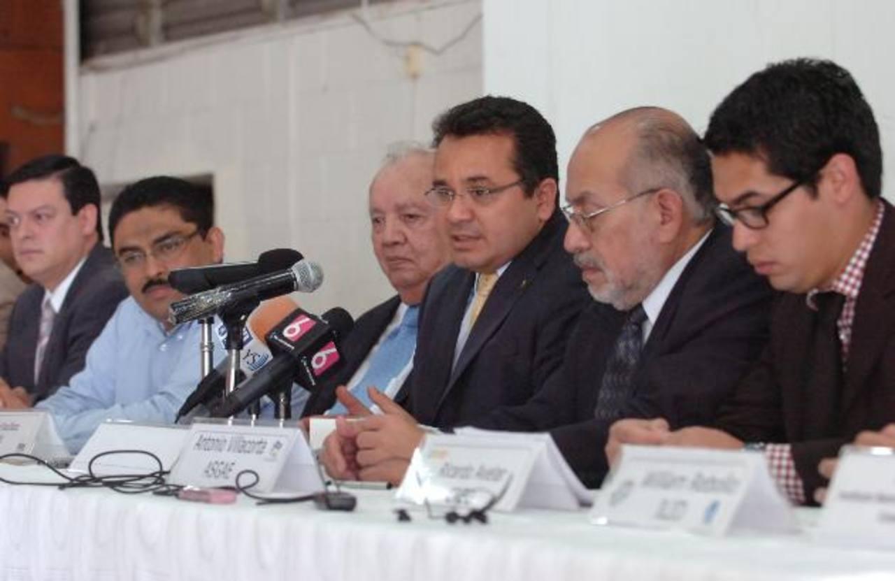Aliados por la Democracia aplaudieron las normativas avaladas en materia electoral. foto edh / Leonardo González