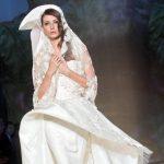 Uno de los vestidos de novia presentados por la casa de moda Sarli. FOTOs EDH / efe-ap