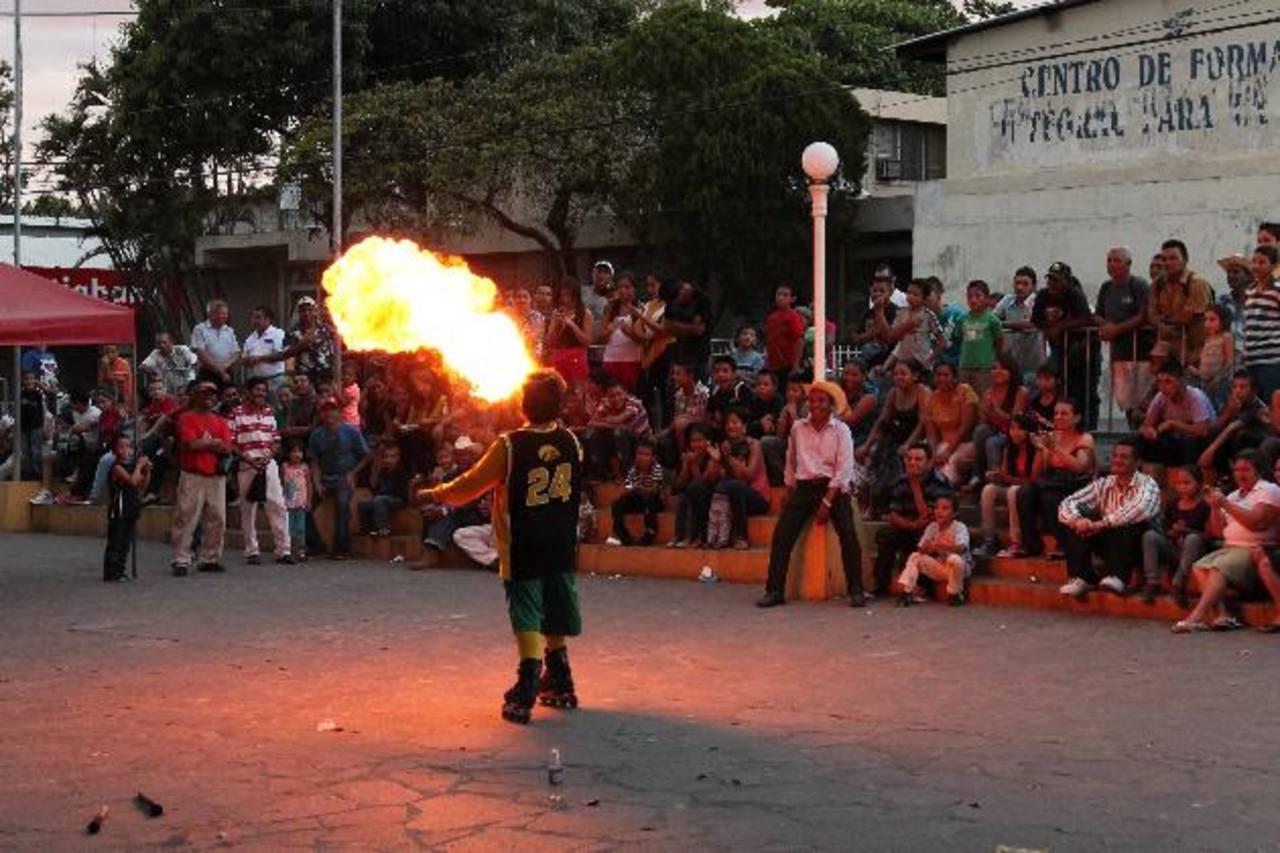 El pasado domingo fue el primero de muchos fines de semana de alegría en Sensuntepeque. Foto EDH / cortesía